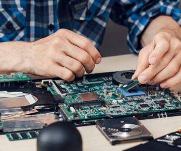 Tips on How to Find a Computer Repair Specialist